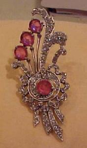 Pink and clear rhinestone flower pin (Image1)