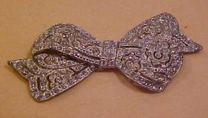Art Deco rhinestone bow pin (Image1)