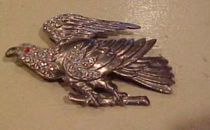 Pot metal and rhinestone eagle pin (Image1)