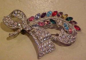 Floral bow rhinestone pin (Image1)