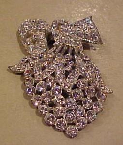 Pot metal dress clip with rhinestones (Image1)