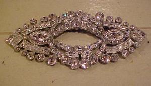 HUGE art deco rhinestone brooch (Image1)