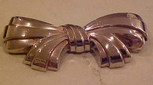 Sterling bow pin (Image1)
