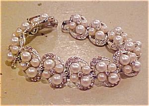 Bracelet w/faux pearls & rhinestones (Image1)