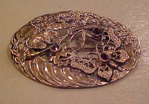 Sash pin w/butterflies and amethysts (Image1)
