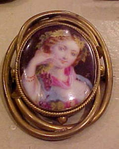 G.f. Victorian painted lady portrait brooch (Image1)