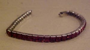 Sterling bracelet with red rhinestones (Image1)