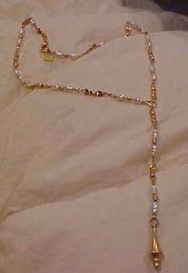 Anne Klein necklace w/faux pearls (Image1)