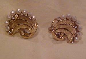 Triari Faux Pearl & Rhinestone Earrings (Image1)