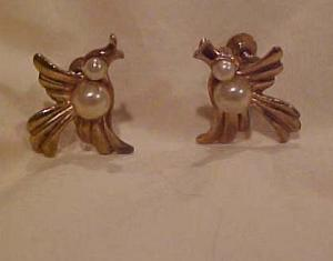 Bird earrings with faux pearls (Image1)