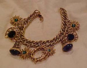 Goldtone charm bracelet w/rhinestones (Image1)