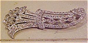 Staret rhinestone pin (Image1)