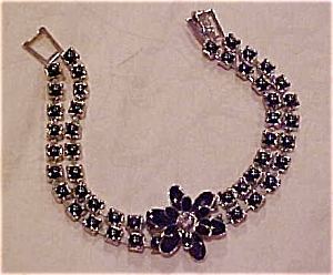 Flower bracelet with black rhinestones (Image1)