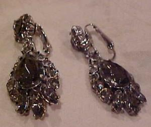 Smoke Colored rhinestone earrings (Image1)