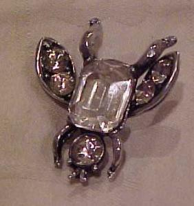 Rhinestone Bug button (Image1)