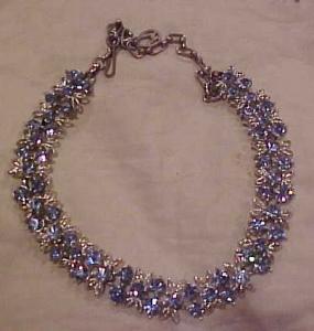 Light blue rhinestone necklace (Image1)
