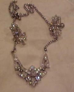 Rhinestone necklace & earring set (Image1)