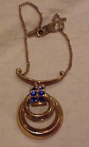 Coro retro necklace w/blue rhinestones (Image1)