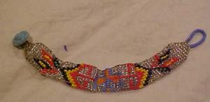 Native American style bracelet w/beads (Image1)