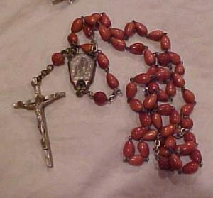 Rosary with celluloid beads (Image1)