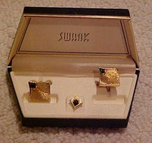 Swank boxed cufflink & tie tack set (Image1)