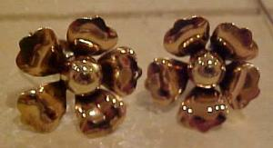 1940's retro flower earrings (Image1)