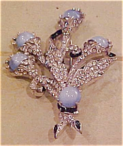 Floral pin with enameling and rhinestones (Image1)