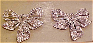 Pair of rhinestone bow dress clips (Image1)