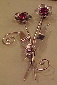 1940's retro flower pin (Image1)