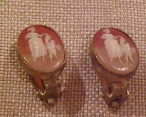 Cameo earrings (Image1)