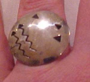 Sterling ring with modern design (Image1)
