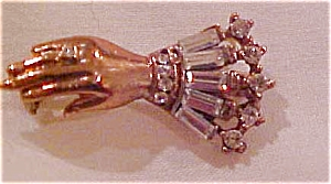 Vermeil hand pin with rhinestones (Image1)