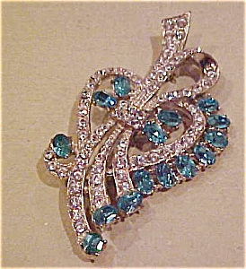 Wiesner Brooch With Rhinestones