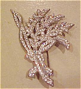 Rhinestone deco  pin (Image1)