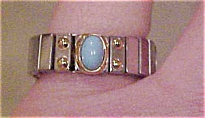 Silvertone ring with turquoise (Image1)