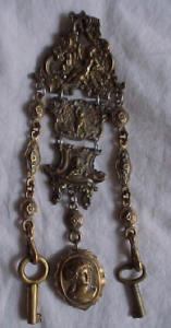 Victorian chatelain w/keys and locket (Image1)