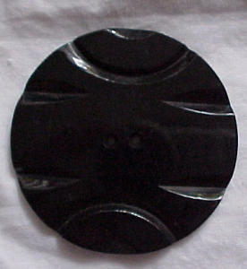 Large Black carved plastic button (Image1)
