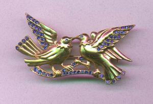 Retro vermeil bird pin with blue rhinestones (Image1)