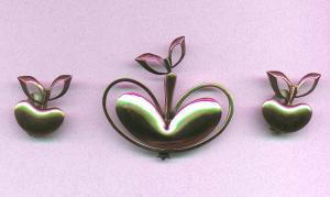 Renoir copper apple pin and earrings (Image1)