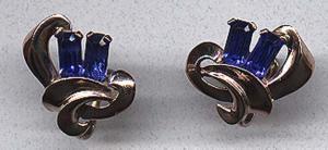 Retro sterling vermeil earrings with blue baguette rhinestones (Image1)