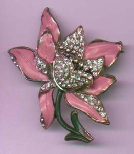 Pink enamel and rhinestone flower pin (Image1)