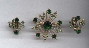 Green Rhinestone pin and earrings - Made in Austria (Image1)