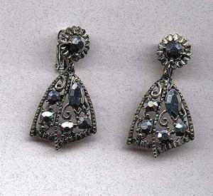 Silver aurora borealis rhinestone earrings (Image1)