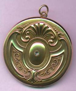 Art Nouveau locket with rhinestone (Image1)