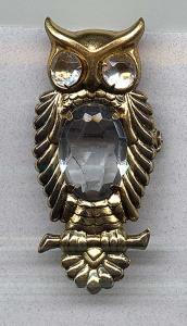 Owl pin with rhinestones (Image1)