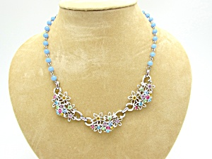 Flower Bouquet Necklace (Image1)