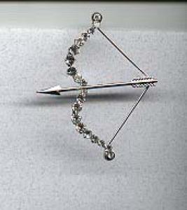 Cupid's Arrow rhinestone pin (Image1)