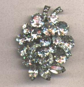 Weiss rhinestone brooch (Image1)