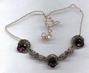 Czechoslovakian filligree necklace w/amethyst (Image1)