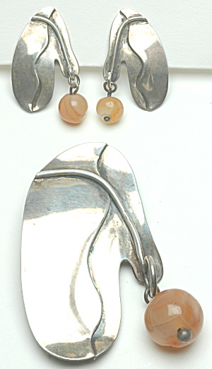 Sterling pin and Earring set Book Piece (Image1)